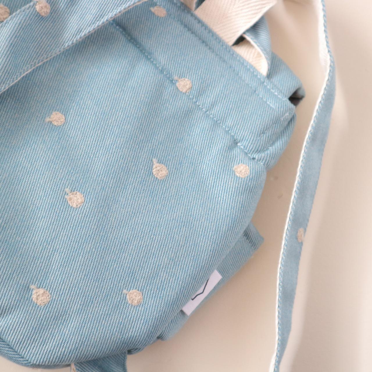 ドット刺繍のベビーリュック(ブルーデニム)