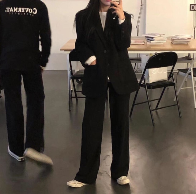 ブラックジャケット+パンツorスカートセットアップ S3211