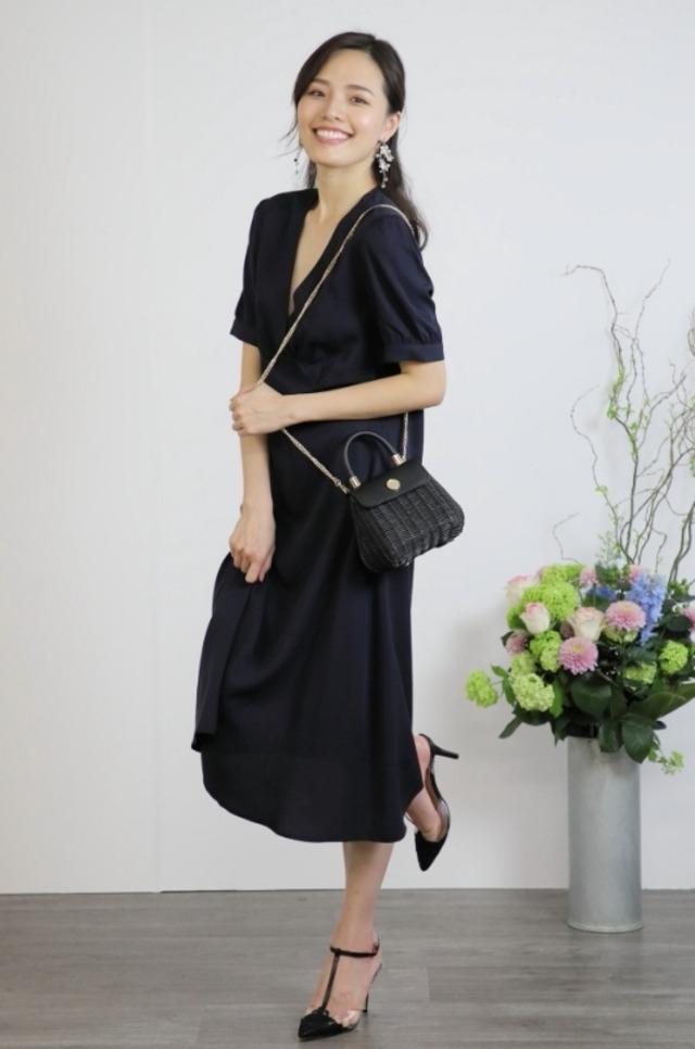 パーティードレス 優美なVネックラインが素敵な ミモレ丈ワンピース ドレス【DR-18】