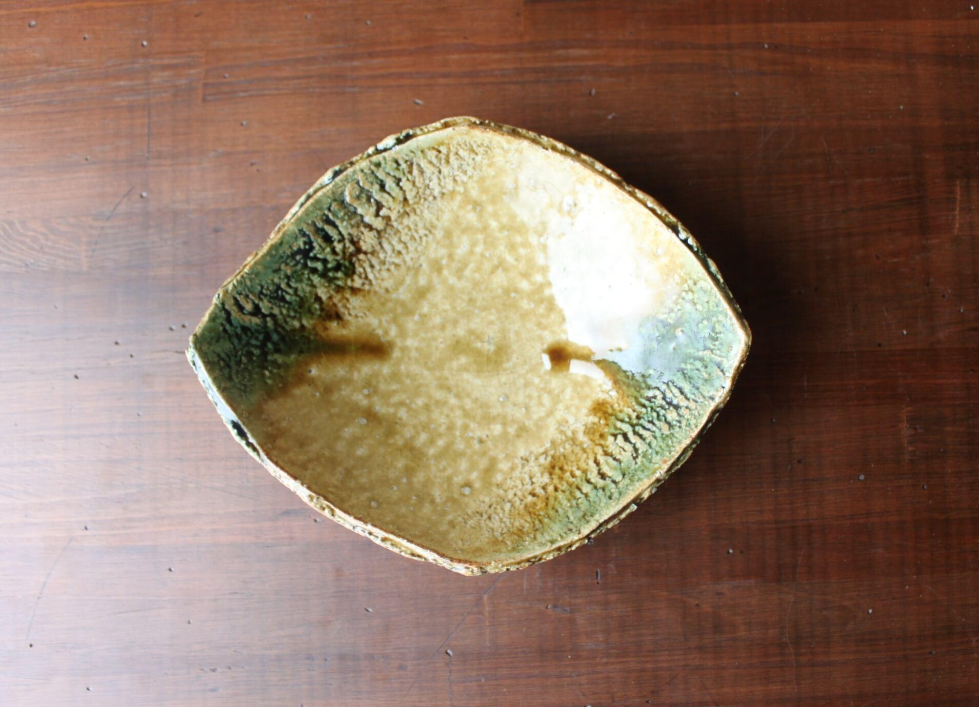 黄瀬戸葉型皿
