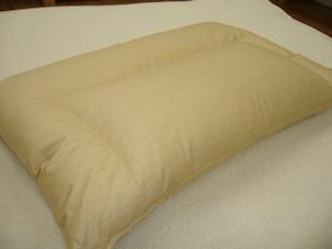 低めのダウン枕