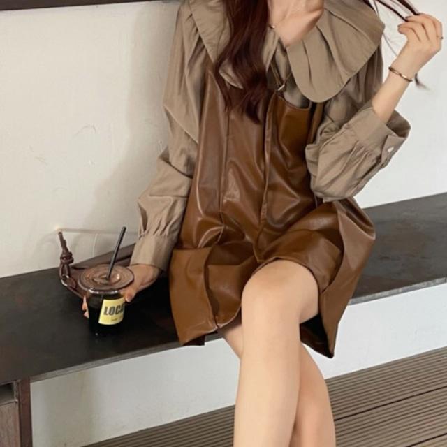 レトロガーリー♡パフスリーブブラウス+レザー調ジャンパースカート A0998