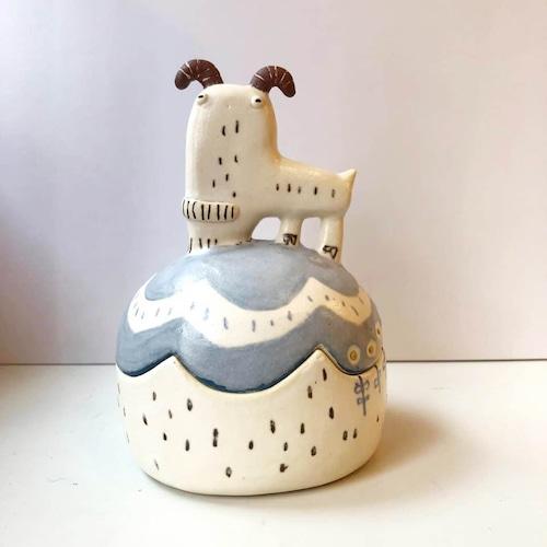古澤彩「お山のヤギの蓋物」NO.10