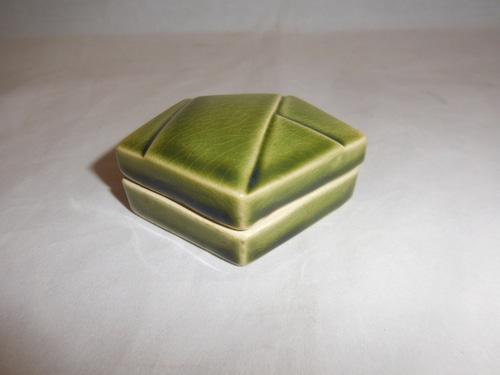 香合 porcelain incense box(No4)