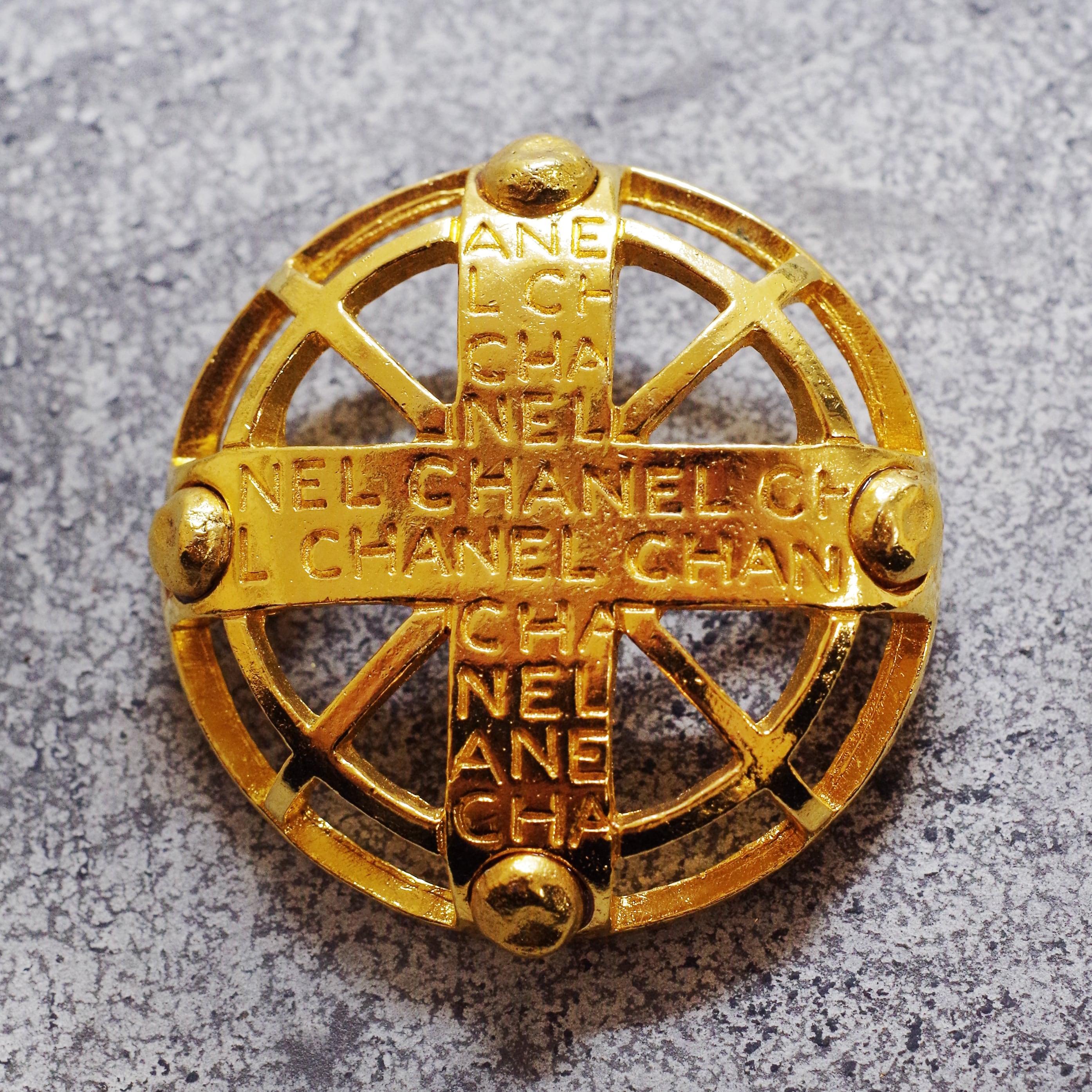 CHANEL シャネル 浮き輪ブローチ ゴールド アクセサリー