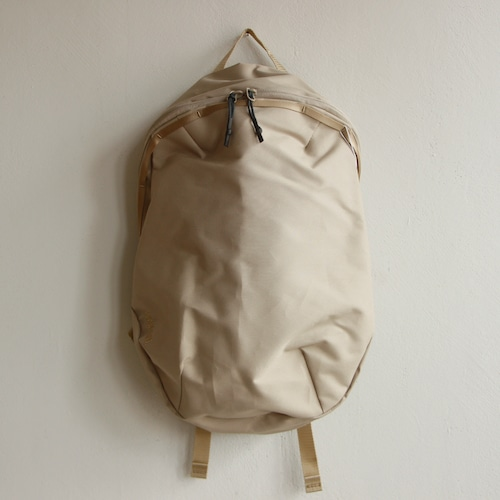 《MOUNTEN. 2021AW》new daypack 10L / sand