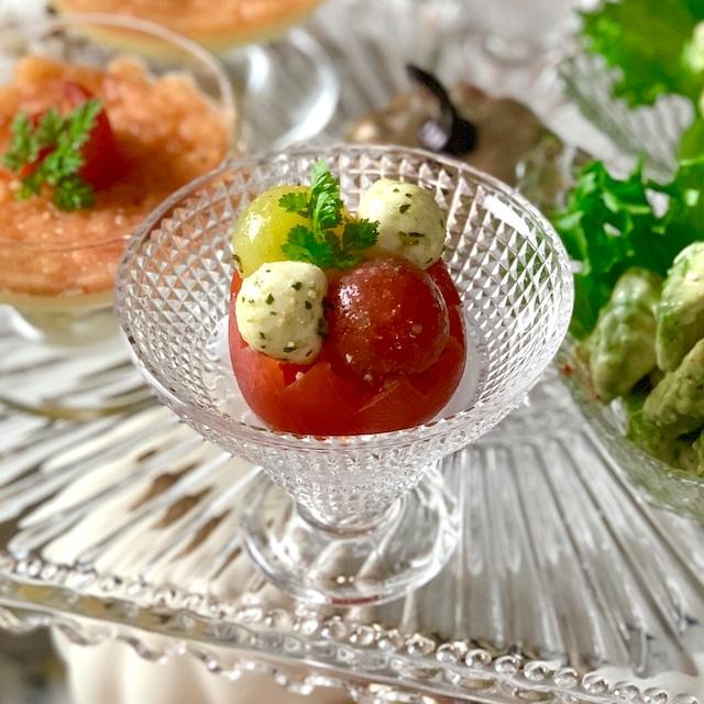 ギザギザトマトとミニトマトのカプレーゼ