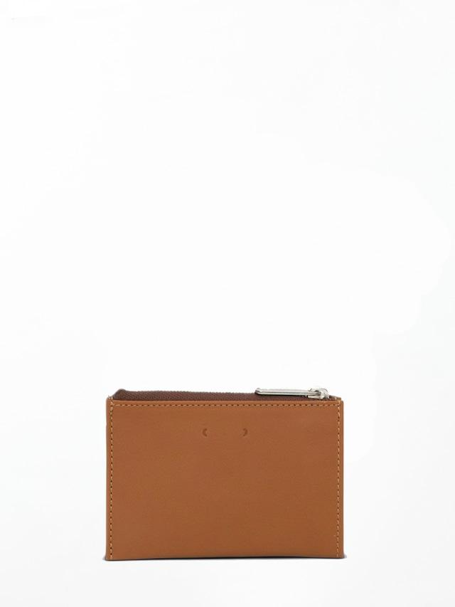 PB0110 CM16 Brown