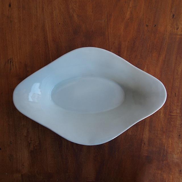 稲村真耶|白磁楕円深鉢