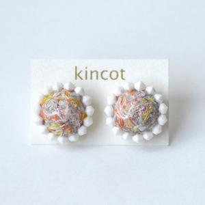 kincot 色糸 小さなまるピアス(ビーズ×ミックス)