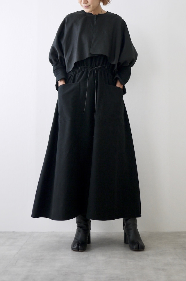 TENNE HANDCRAFTED MODERN | Weist shirring dress with cape