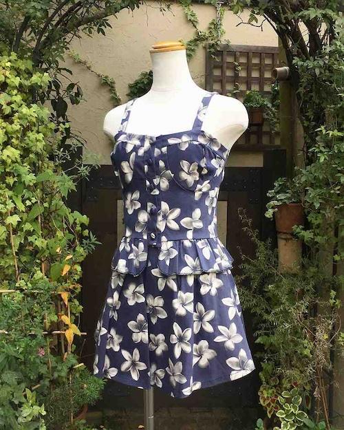 フリルビスチェとスカートのお花柄セットアップ ブルー