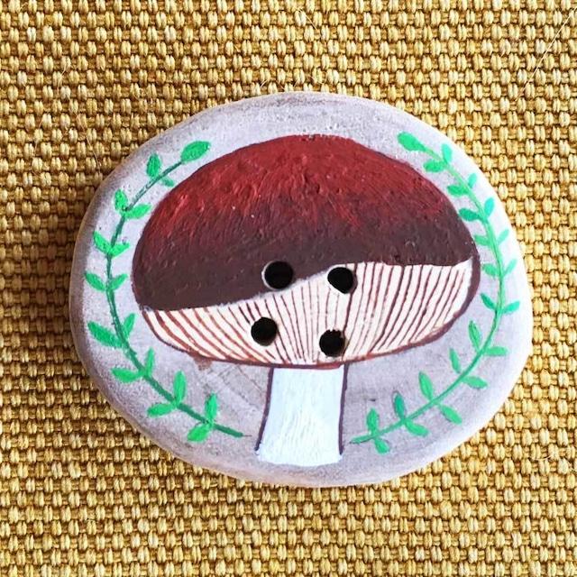 【富良野 森の贈り物】森のきのこの飾りボタン7