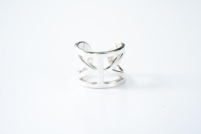 R-054  See through Mobius  ring