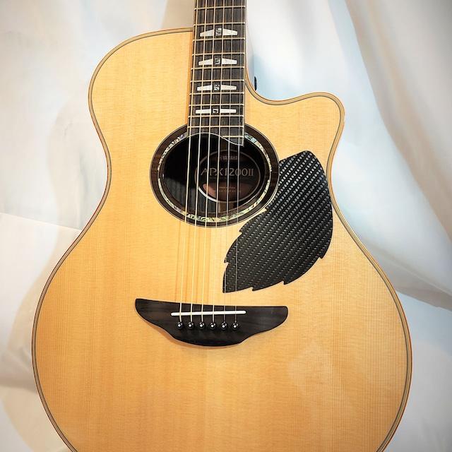 ピックガード (ScratchPlate) ドライカーボン製 厚さ0.45mm アコースティックギター用