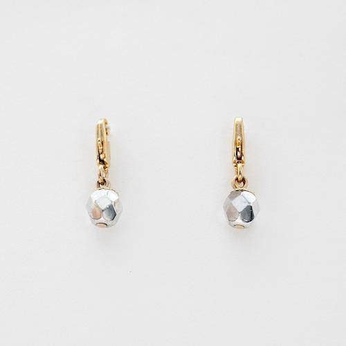 charm|銀のりんご