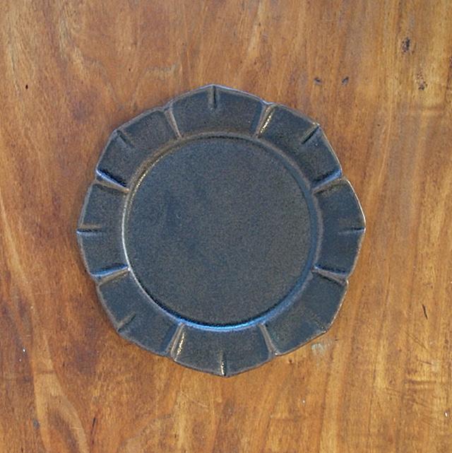 松尾直樹 | 鉄釉 花形皿 S