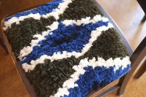 【佐藤さんのノッティング】(大)◆◆手織りの椅子敷き★★NEW!◆①b◆