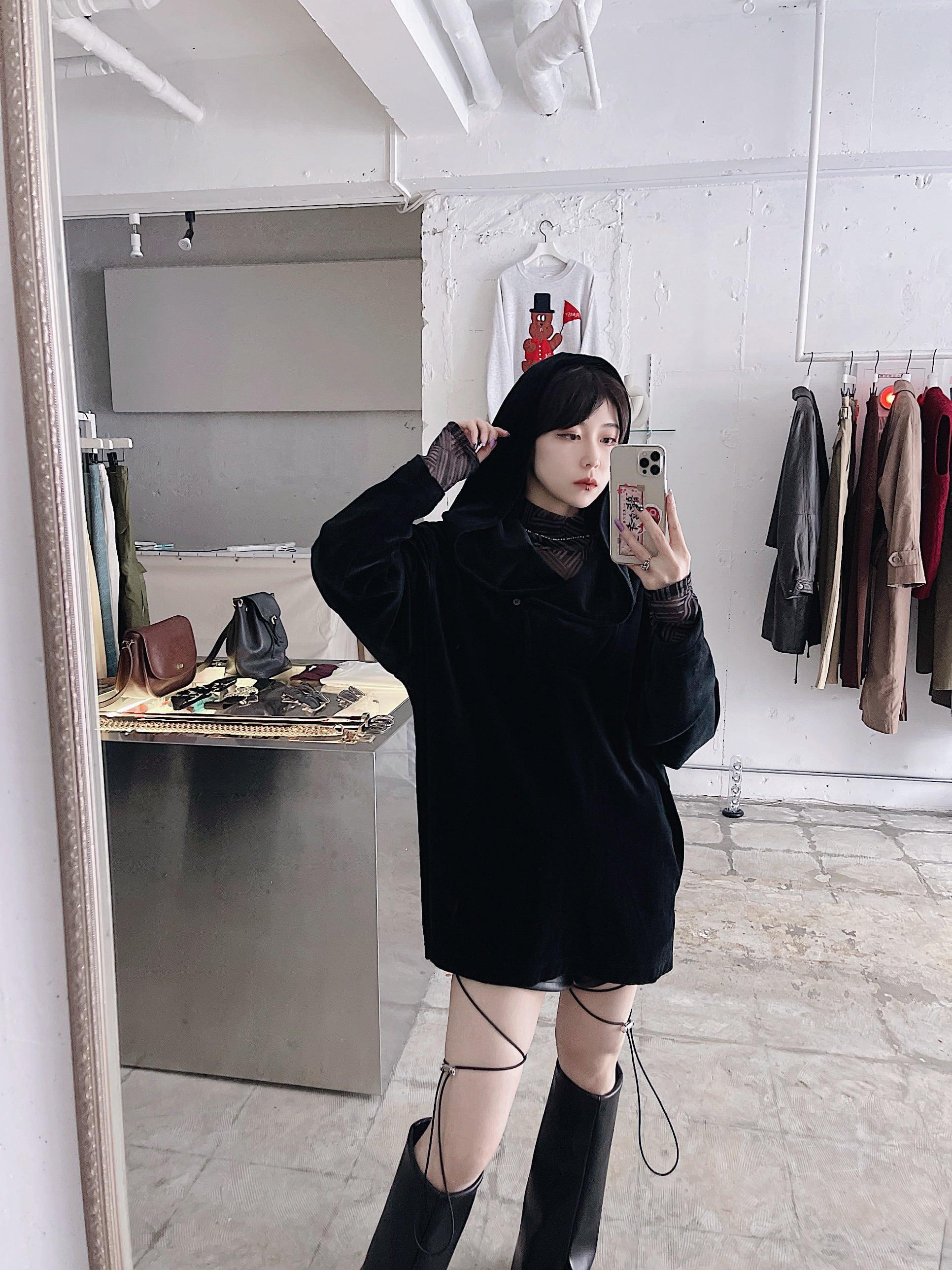 """ DKNY"" 90's usa vintage velour hoodie"
