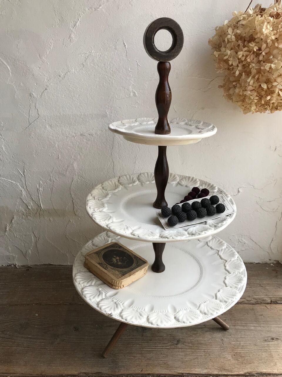 3段 ケーキスタンド 陶器