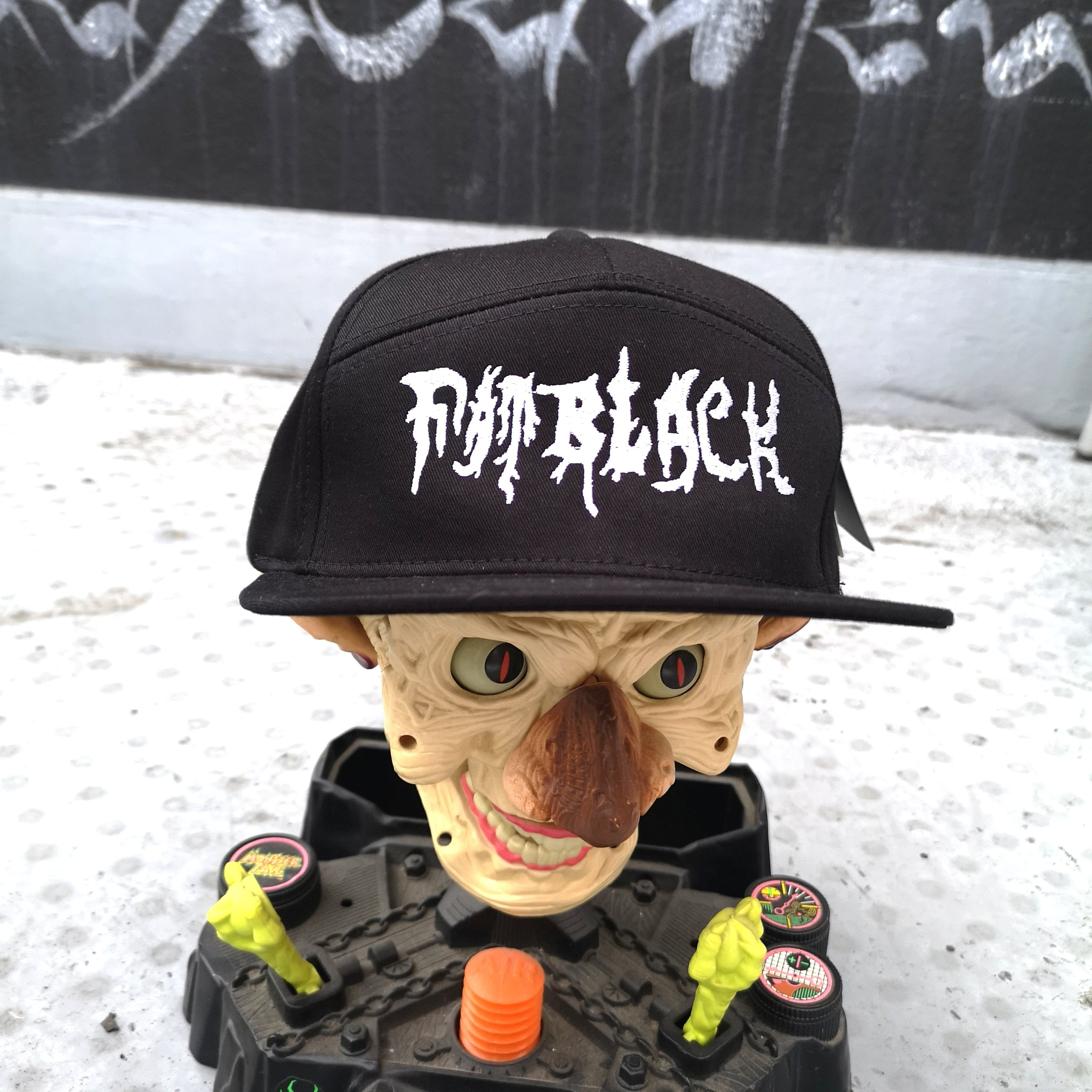 FATBLACK 7PANEL SNAPBACK CAP