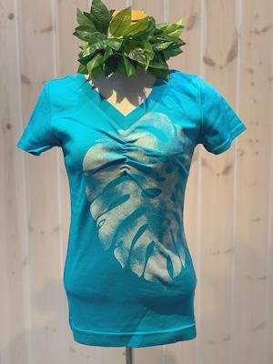 【MakaMaka/マカマカ】フラ経験者に人気の着心地の良さ。モンステラTシャツ 半袖 ライトブルー レッスン着に最適○
