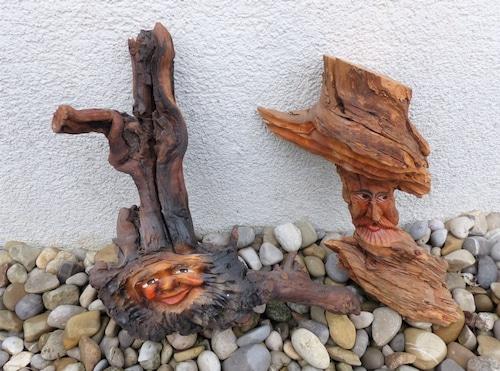 木の精霊2人組 木彫り 手描きのハンドメイド 黒い森 シュバルツヴァルト