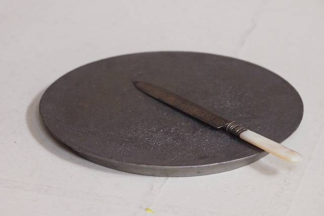 村上躍 28.銀彩焼締丸盤皿