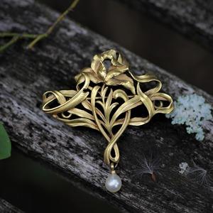 Art-Nouveau Gold Flower Brooch  アール・ヌーヴォー ゴールド フラワーブローチ