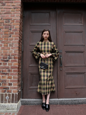 bell-sleeve maxi one-piece(check)