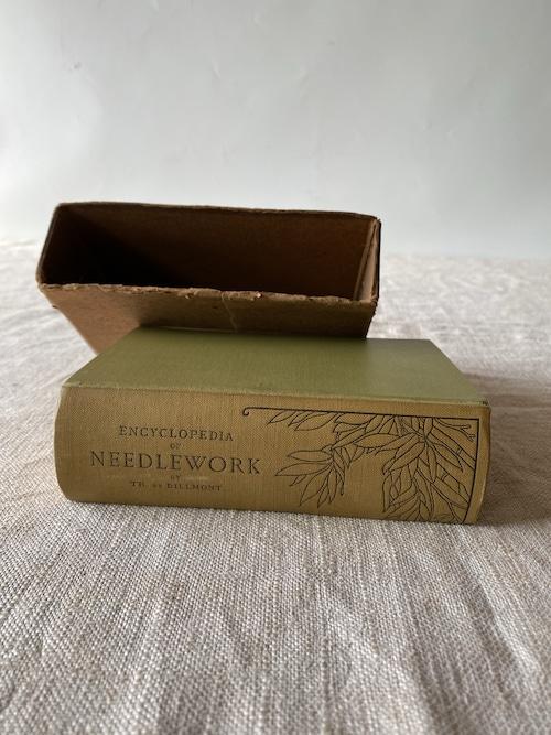 フランスの刺繍の本 ニードルワーク ヴィンテージ