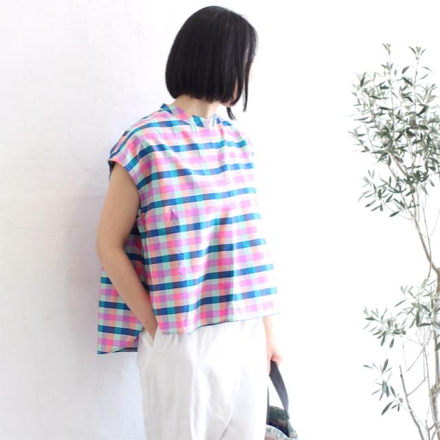 ミャンマーの手織りタフタスタンドカラーブラウス【アウトレット】