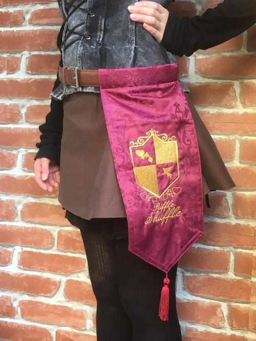 刺繍紋章入り騎士のベルトフェイバー レッド