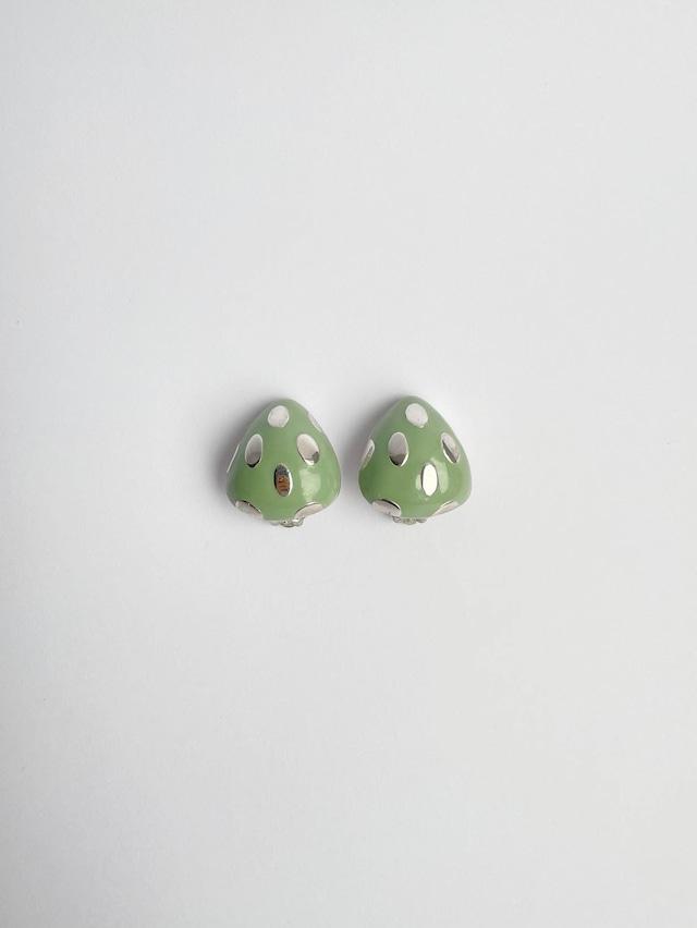 VINTAGE STRAWBERRY green earrings