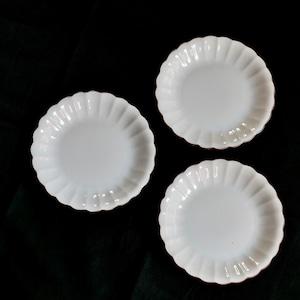 【30935】九谷の白 輪花 平皿 L / Kutani White Rinka Plate L/ Showa Era