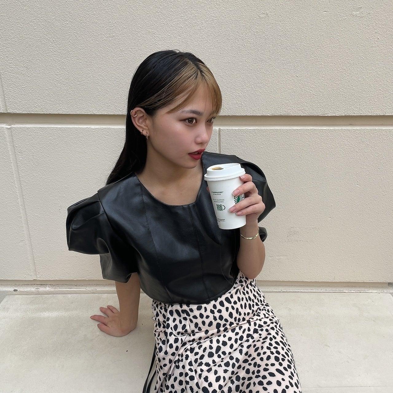 【Belle】LAST4 back ribbon leather blouse