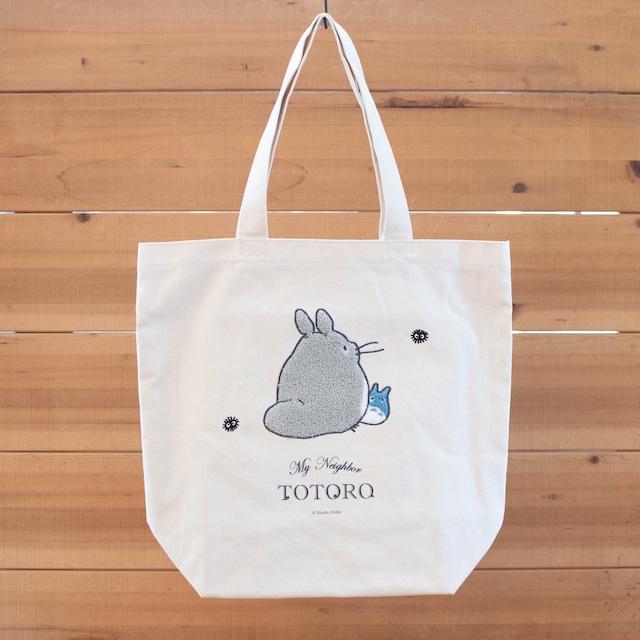 【10月再入荷予定】となりのトトロ 帆布トートバッグ(振り向きトトロ)