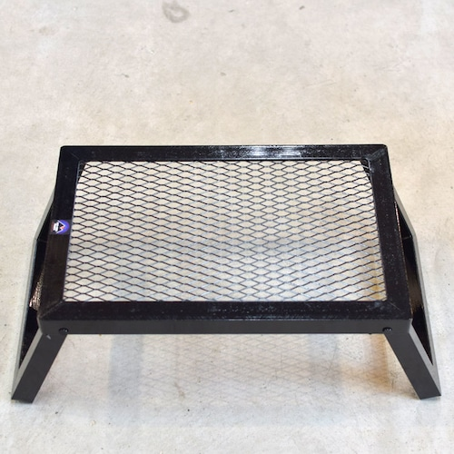 CAMP MANIA PRODUCTS(キャンプマニアプロダクツ)MINI GRILL STAND(S)