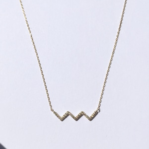 Diamonds on zig-zag necklace / K18YG