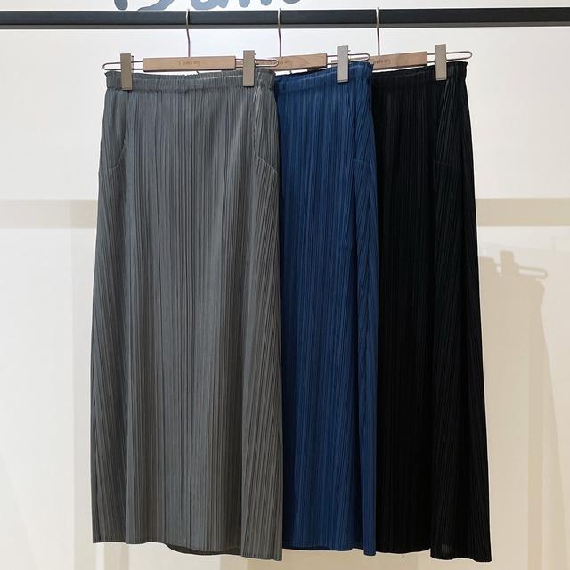 ガーメントロングレングスプリーツスカート