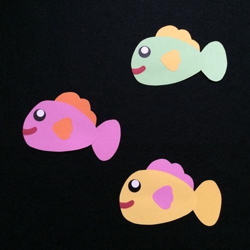 大きい魚(左向き)の壁面装飾