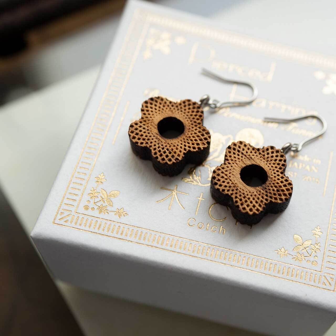 little flower / 小さい花(Pierced Hang)