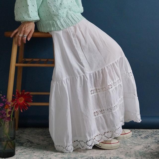 【送料無料】Vintage Austrian Dirndl Skirt