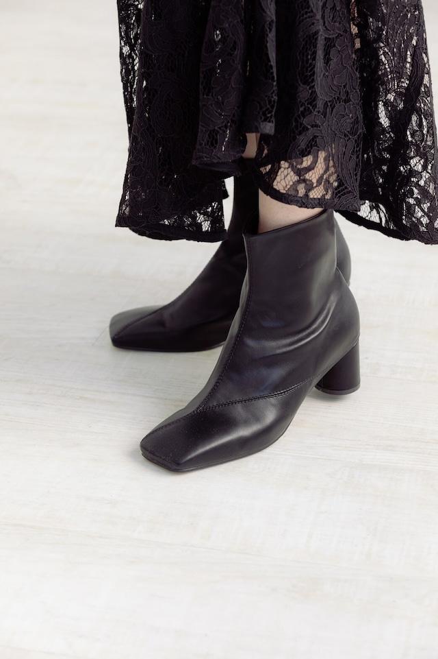新square short boots