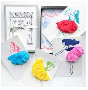 スカートふわふわの踊り子カード 4人セット