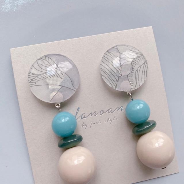 """ Earrings NO.danoan-117″ リバティとヴィンテージブルー"