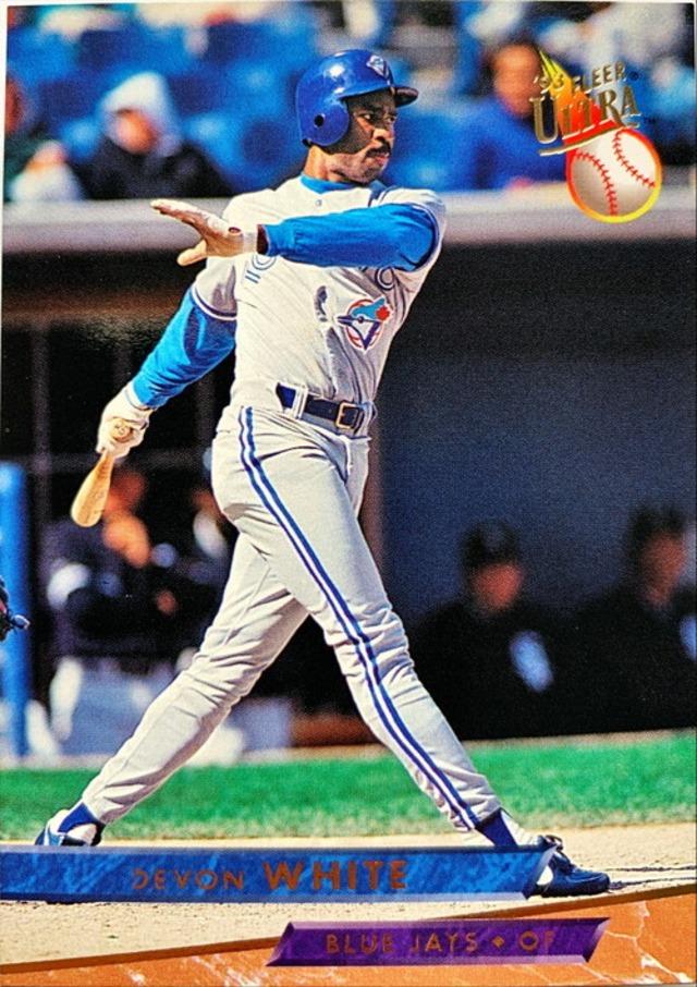 MLBカード 93FLEER Devon White #297 BLUE JAYS