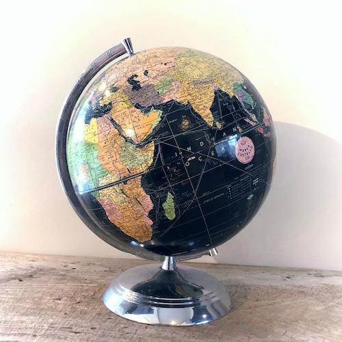 黒い地球儀