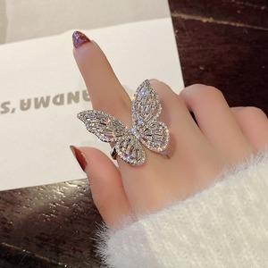【アクセサリー】人気爆発ファッションラインストーンキュート不規則形蝶35375239
