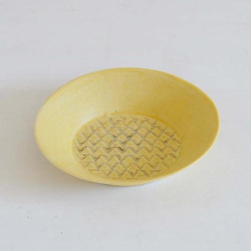 庄司千晶 マカロン中紋鉢(003-A)